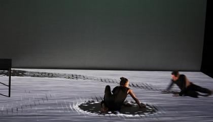 Virtuális és valós: Cinematique és Félelem a fekete dobozban