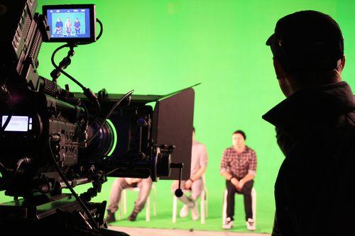168 óra sötétség - avagy az etyeki filmbuilding eredménye